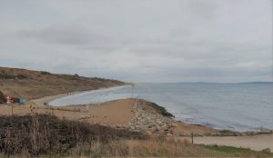 Highcliffe Beach dog-friendly beach in the autumn